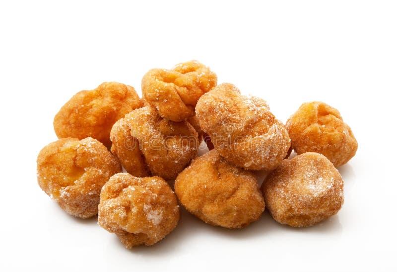 Biscotti italiani di carnevale su fondo bianco immagini stock