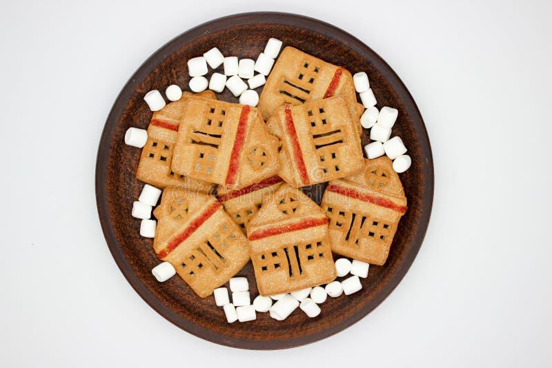 Biscotti meravigliosi e deliziosi con marmellata d'arance sotto forma di Camera di uno piani immagini stock libere da diritti