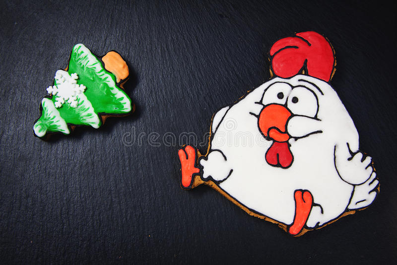 Biscotti simbolici del nuovo anno immagine stock