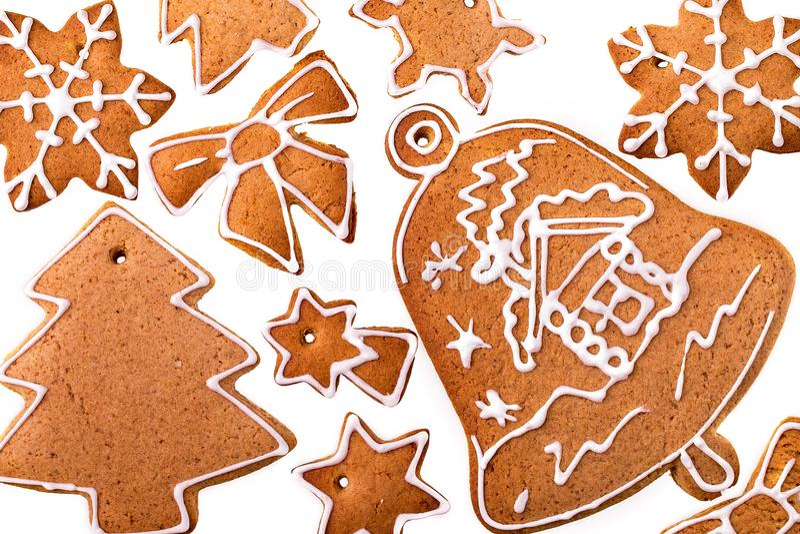Biscotto casalingo del pan di zenzero di Natale su bianco fotografia stock