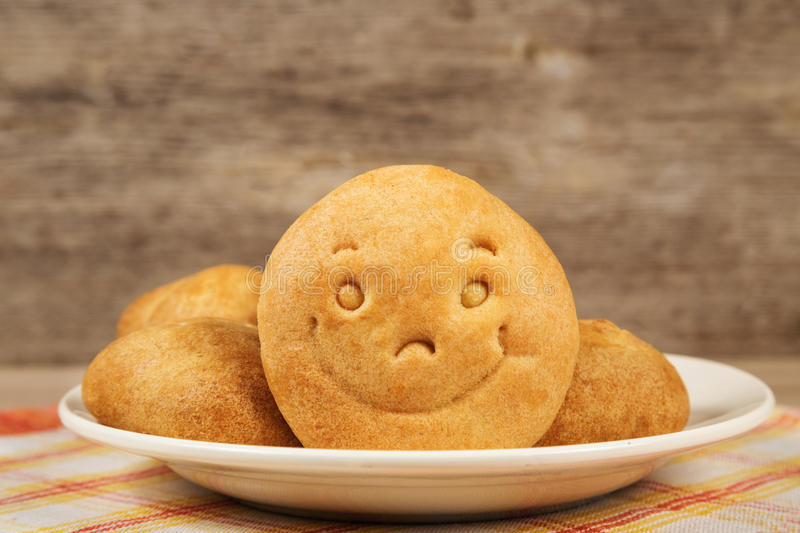 Biscuit avec un sourire photo stock