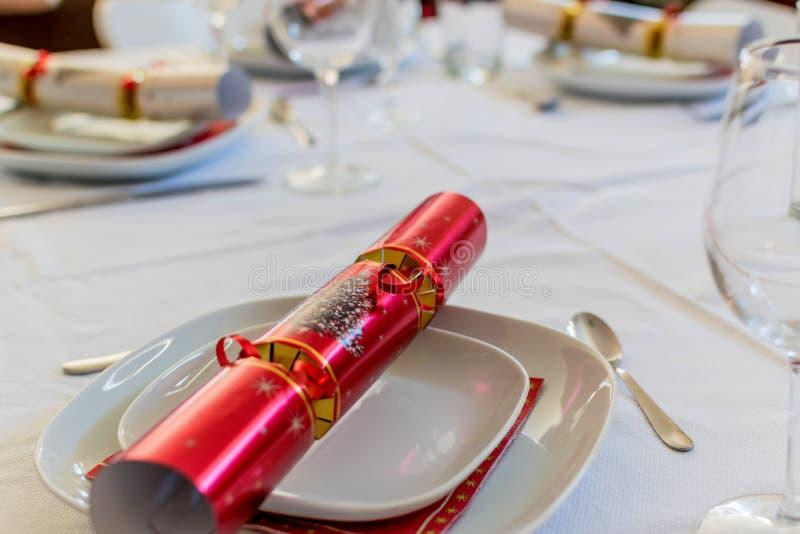 Biscuit de Noël sur la table de Noël photos stock