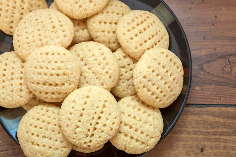 Biscuit de noix de coco de plat image libre de droits