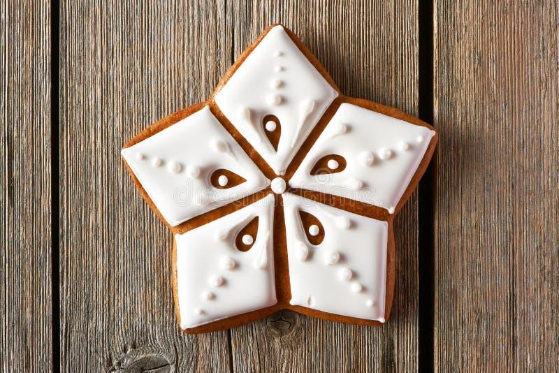 Biscuit fait maison de pain d'épice de Noël image stock