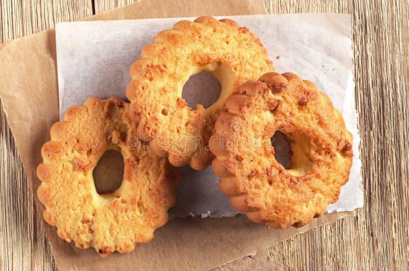 Download Biscuits avec des noix photo stock. Image du casse, délicieux - 77162658