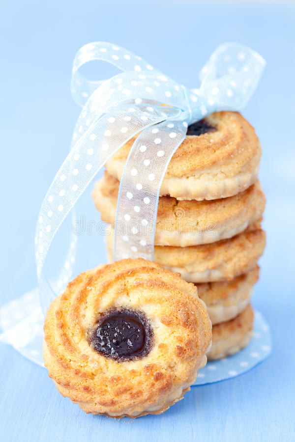 Biscuits avec le bourrage photos stock
