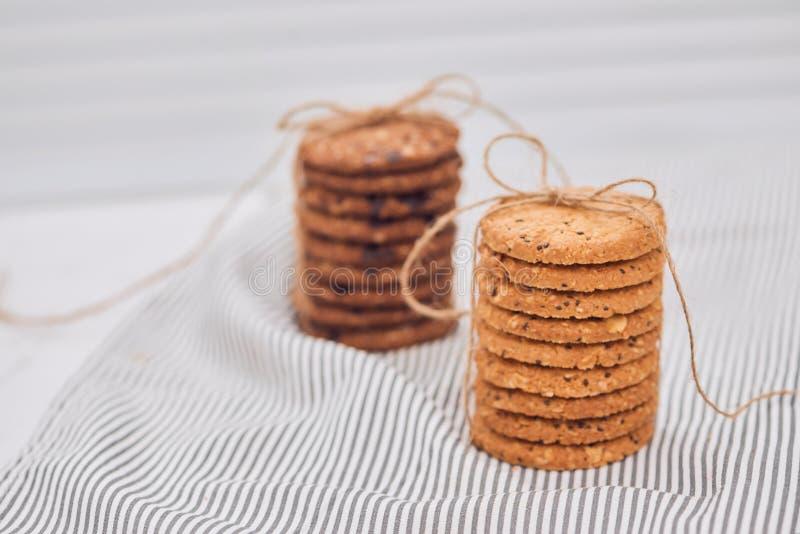 Biscuits délicieux et beaux comme cadeau image libre de droits