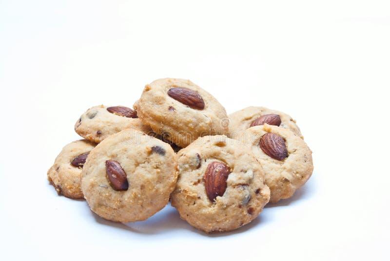 Biscuits d'amande d'isolement sur le blanc photographie stock