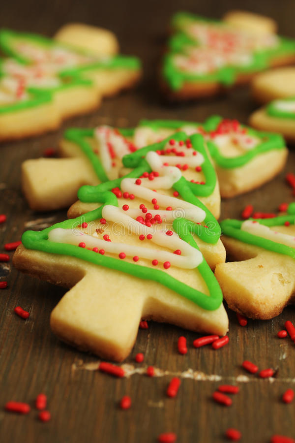 Biscuits d'arbre de Noël images stock