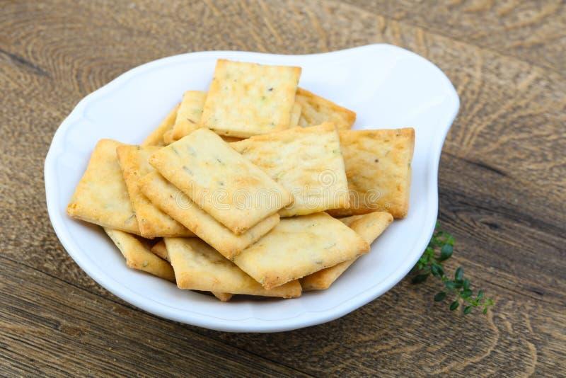 Biscuits dans la cuvette photo libre de droits