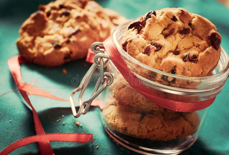 Biscuits dans le choc image stock