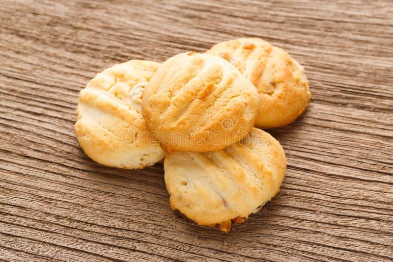 Biscuits de beurre faits maison d'amande images stock