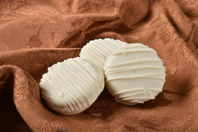 biscuits de chocolat blancs photo libre de droits
