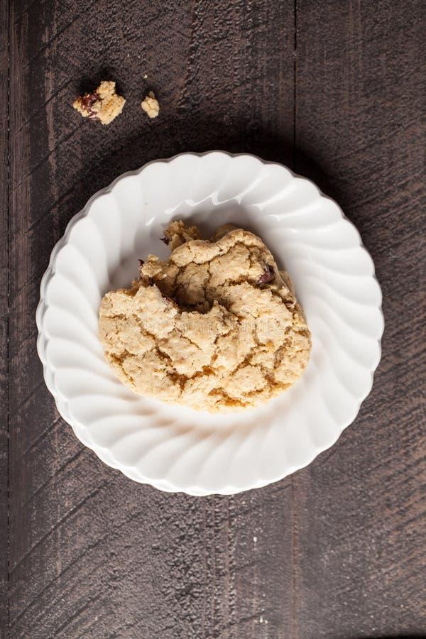 Biscuits de farine d'avoine faits maison de puce de chocolat images stock