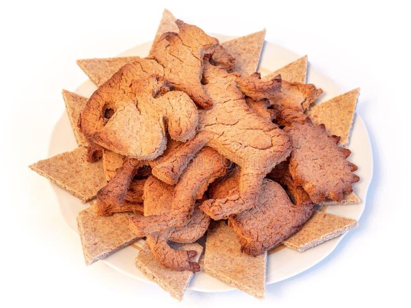 Biscuits de gingembre dans une cuvette images libres de droits