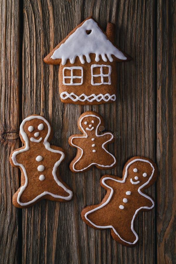 Biscuits de Noël pour la famille entière photographie stock libre de droits