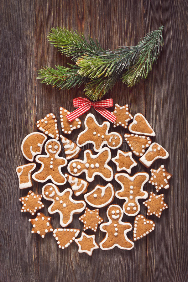 Biscuits de pain d'épice de Noël images libres de droits
