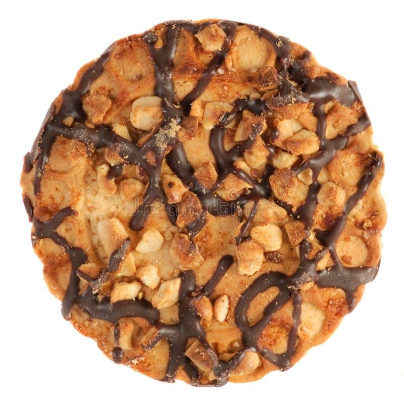 Biscuits de puce de chocolat avec une miette de noix. photographie stock libre de droits