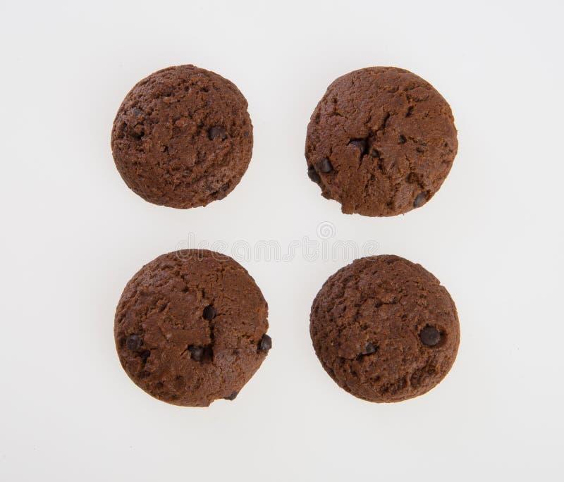 Biscuits de puces de biscuits ou de chocolat sur le fond photo libre de droits