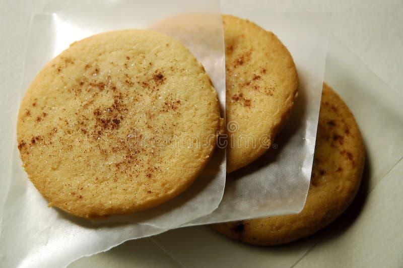 Biscuits de sucre avec de la cannelle photos libres de droits