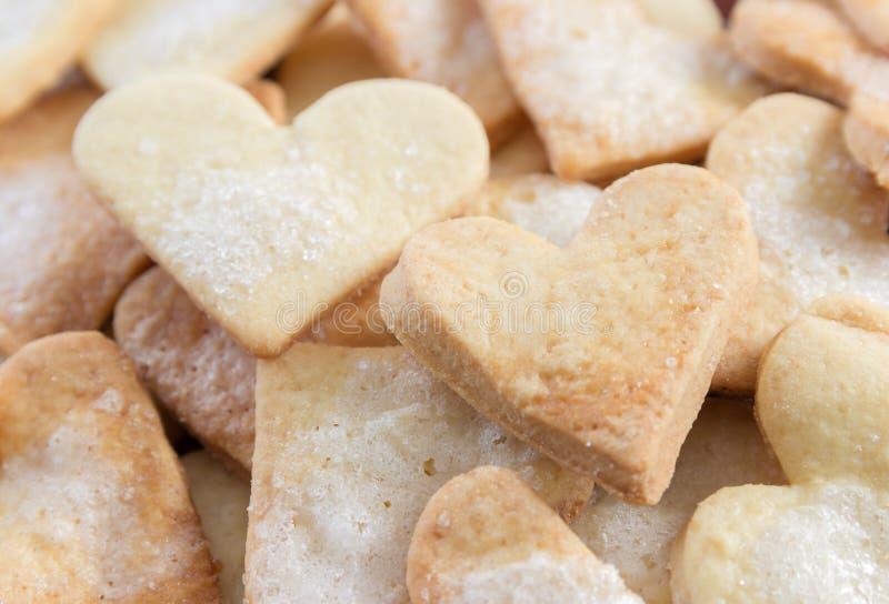 Biscuits de sucre formés par amoureux photo stock
