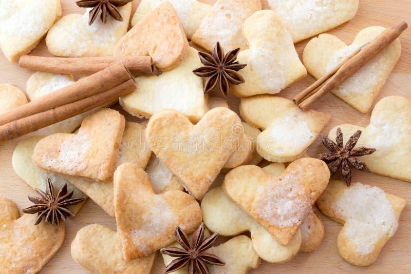 Biscuits de sucre formés par amoureux photographie stock libre de droits