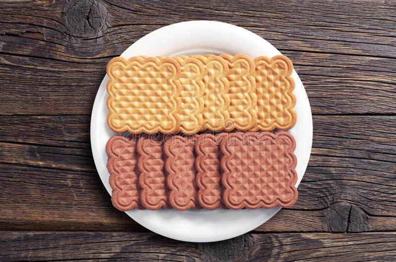 Biscuits de vanille et de chocolat images stock