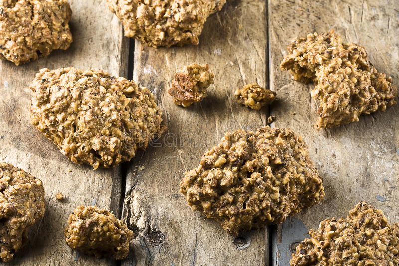 Biscuits laids mais bons photo libre de droits
