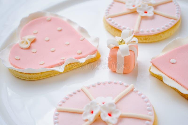 Biscuits roses images libres de droits