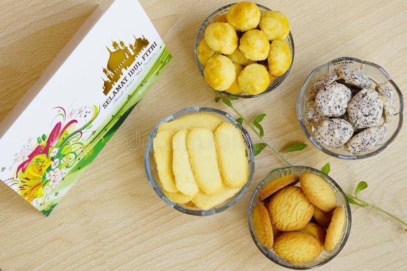 Biscuits servis particulièrement sur Eid Mubarak photos libres de droits