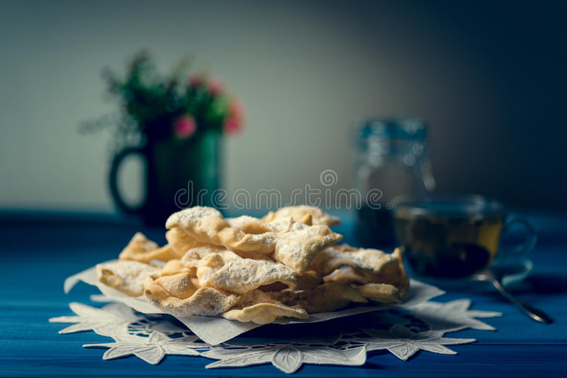 Biscuits traditionnels de faworki photographie stock
