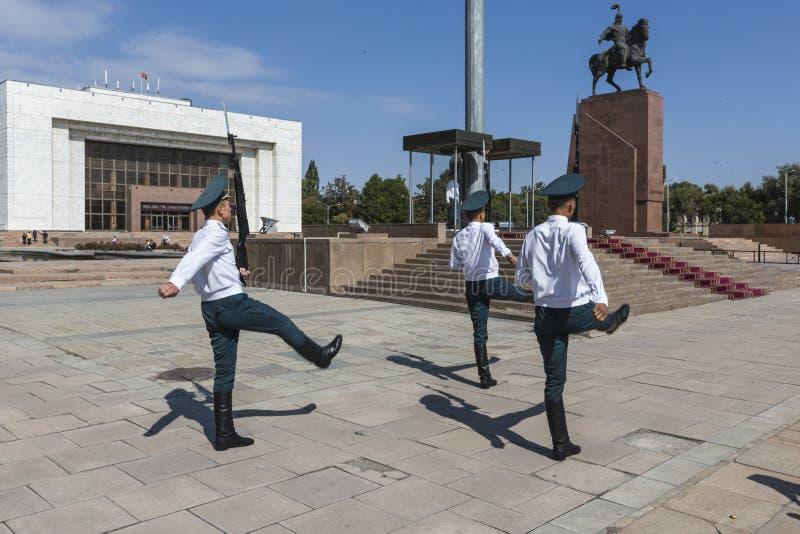 Bishkek Kirgistan, Wrzesień, - 27, 2015: Fotografia cogodzinny Gu obrazy royalty free