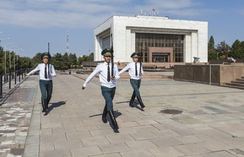 Bishkek Kirgistan, Wrzesień, - 27, 2015: Fotografia cogodzinny Gu obraz royalty free
