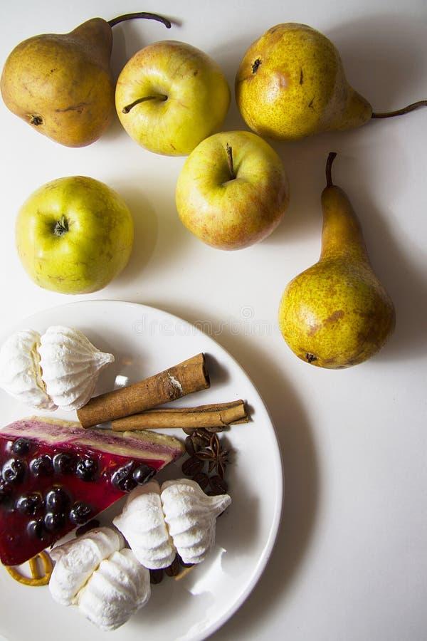 Bisquits en vruchten 05 stock afbeelding