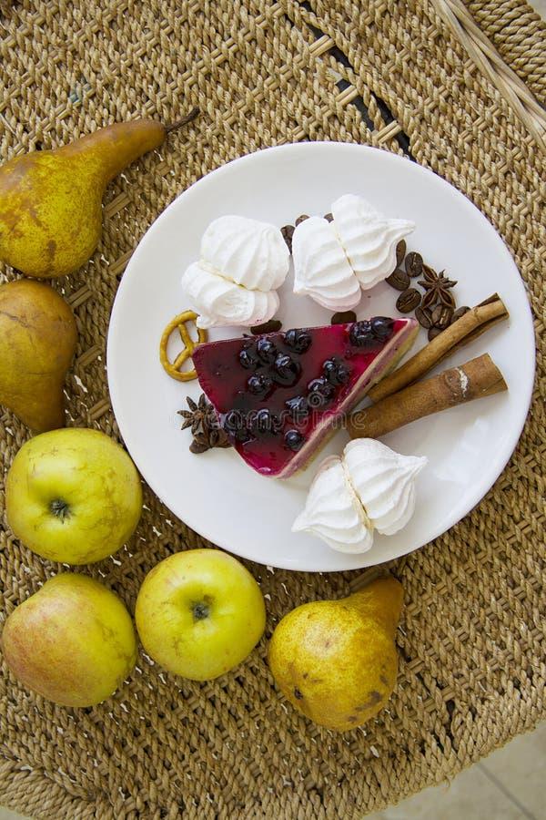 Bisquits en vruchten 11 stock afbeelding