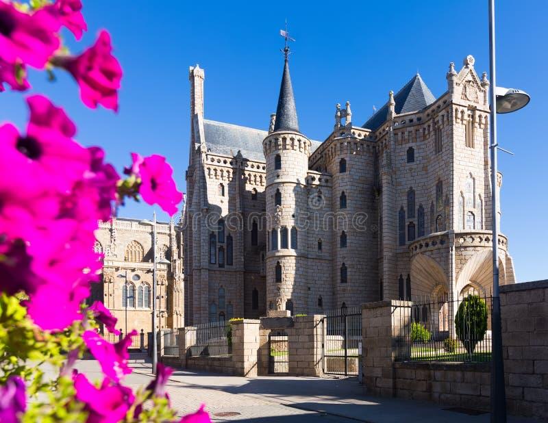 Bisschoppelijk Paleis van Astorga royalty-vrije stock foto's