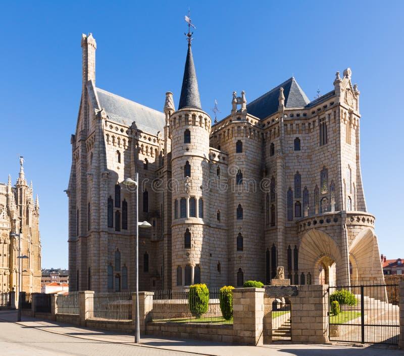 Bisschoppelijk Paleis van Astorga stock afbeelding