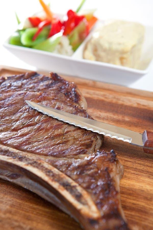 Bistecca cotta della carne fotografia stock