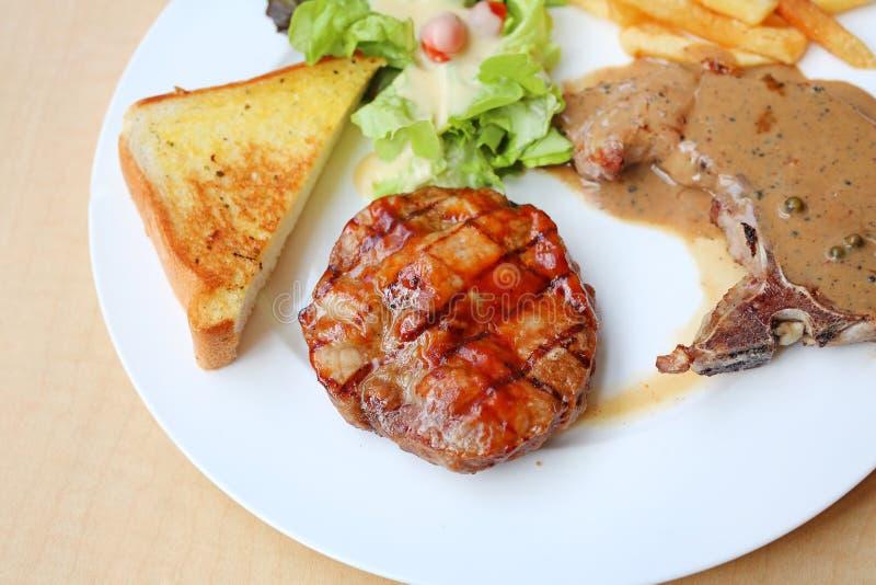 Bistecca del barbecue della carne di maiale di Boston, bistecche della carne di maiale fotografia stock libera da diritti