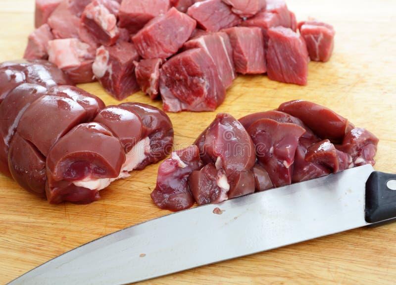 Bistecca e rene di spezzettamento fotografia stock