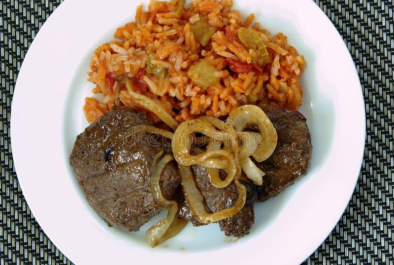 Bistecca e riso della carne di cervo fotografie stock