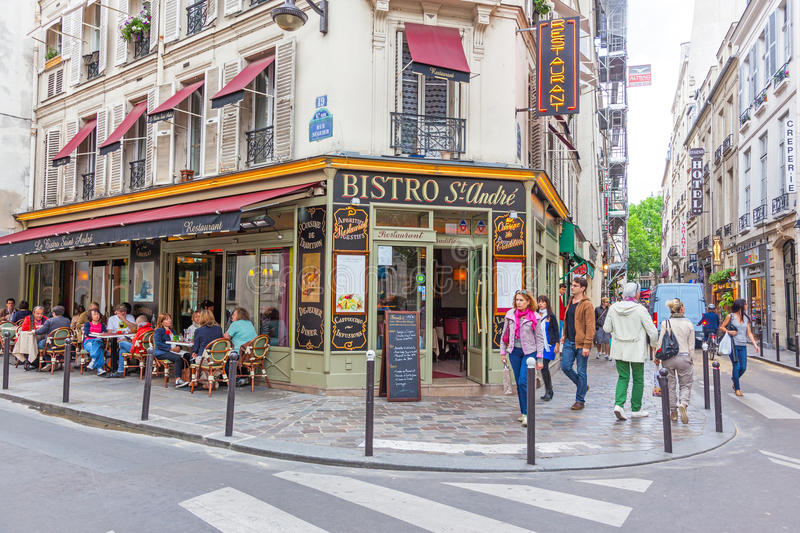 Bistros parisiens photographie stock