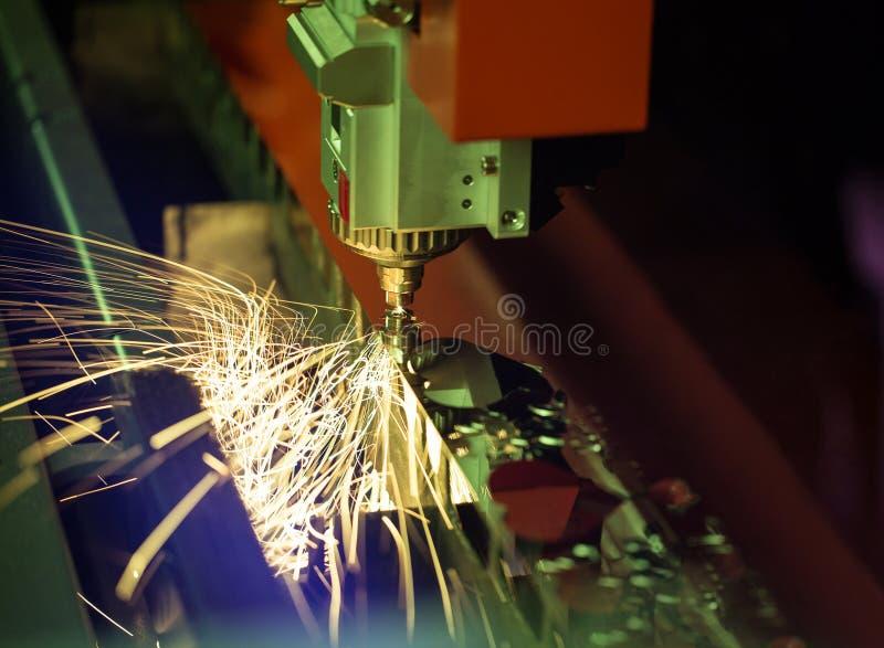 Bitande maskin för laser arkivfoton