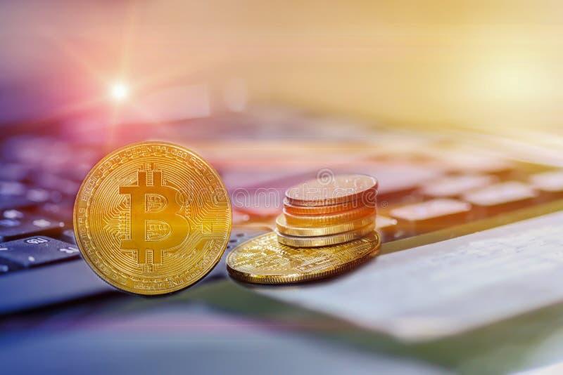 Bitcoin和其他数字象征 库存图片