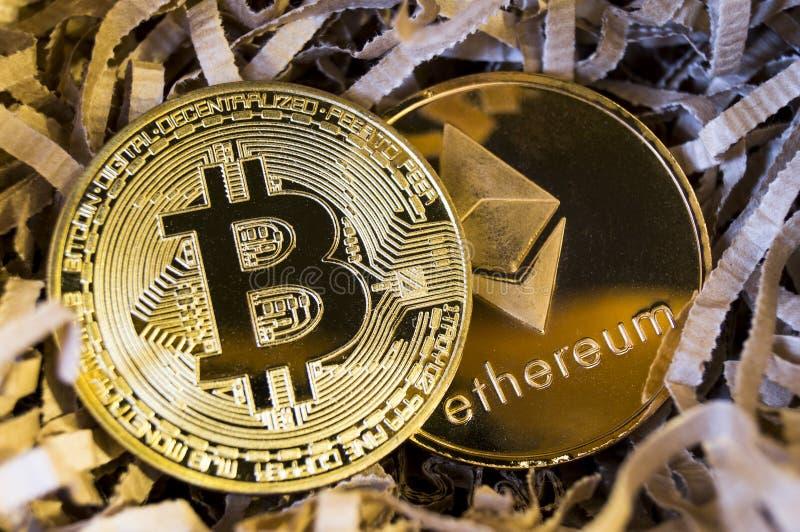 Bitcoin è un modo moderno dello scambio e di questa valuta cripto immagine stock