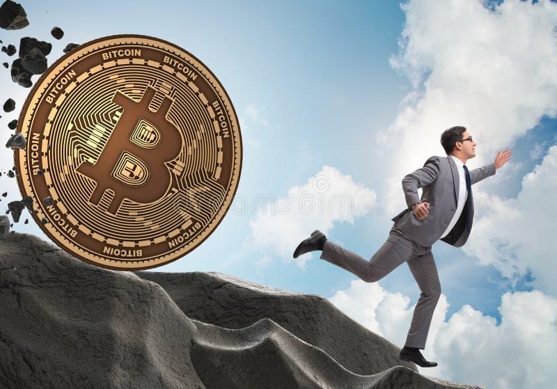 Bitcoin που χαράζει τον επιχειρηματία στην έννοια cryptocurrency blockchain στοκ εικόνες με δικαίωμα ελεύθερης χρήσης