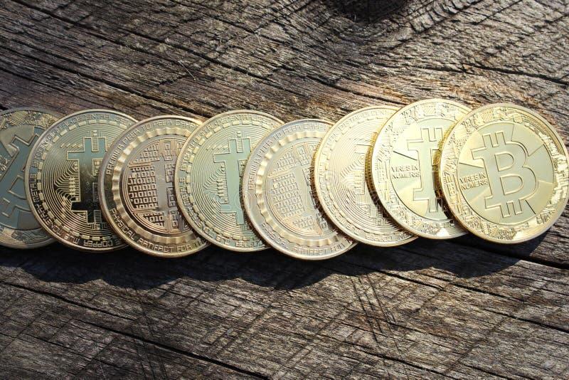 Bitcoin σε σειρά Τεχνολογία αλυσίδας εφοδιασμού, έννοια εξόρυξης bitcoin στοκ φωτογραφίες