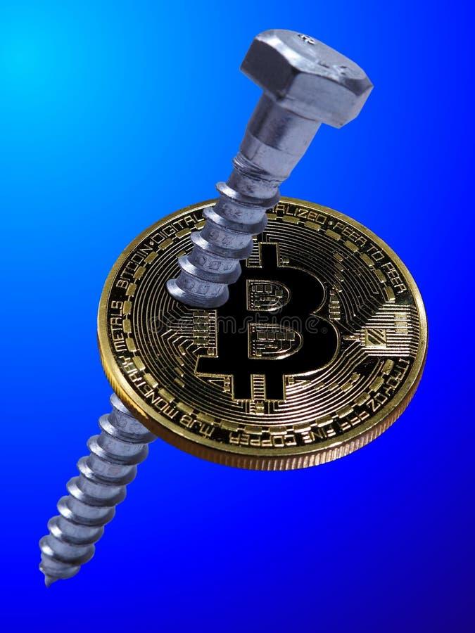 Bitcoin atornillado fotografía de archivo libre de regalías
