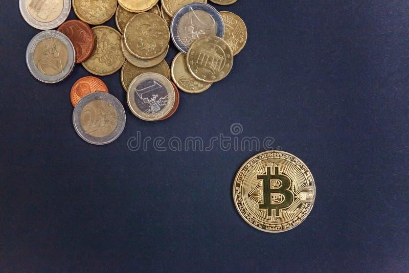 Bitcoin auf Euromünzen lizenzfreies stockfoto