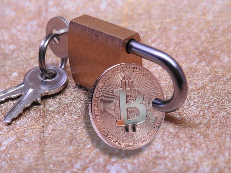 Bitcoin bloqueado foto de archivo